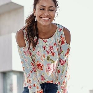 Very Beautiful Floral Open-Shoulder Top